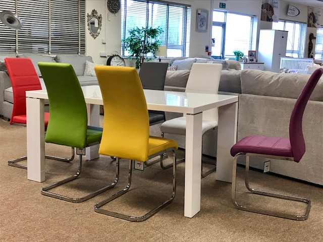 World Furniture Soho 1.5M Table & 6 Chairs