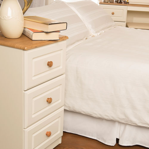 SJ Units Saxon 3 Drawer Bedside Cabinet