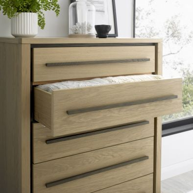 Bentley Designs Rimini 5 Drawer Chest