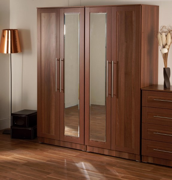 Maysons Parma Walnut 4 Door Mirrored Robe