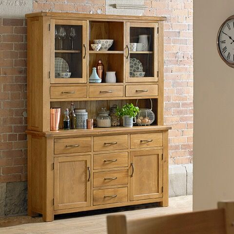 Hereford Saxon Oak Large Dresser