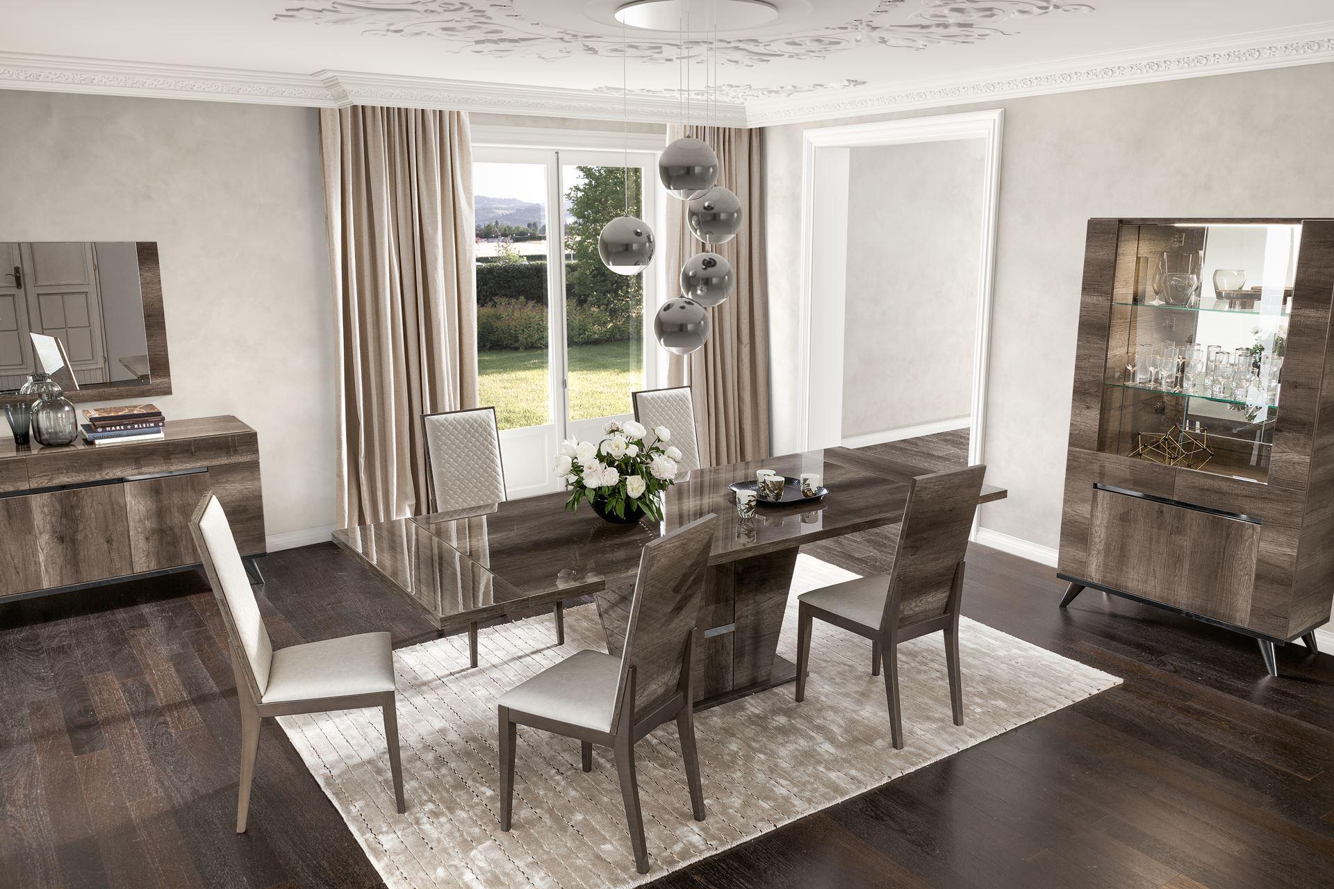 Status Italia Medea Extending Table & 4 Luxury Chairs