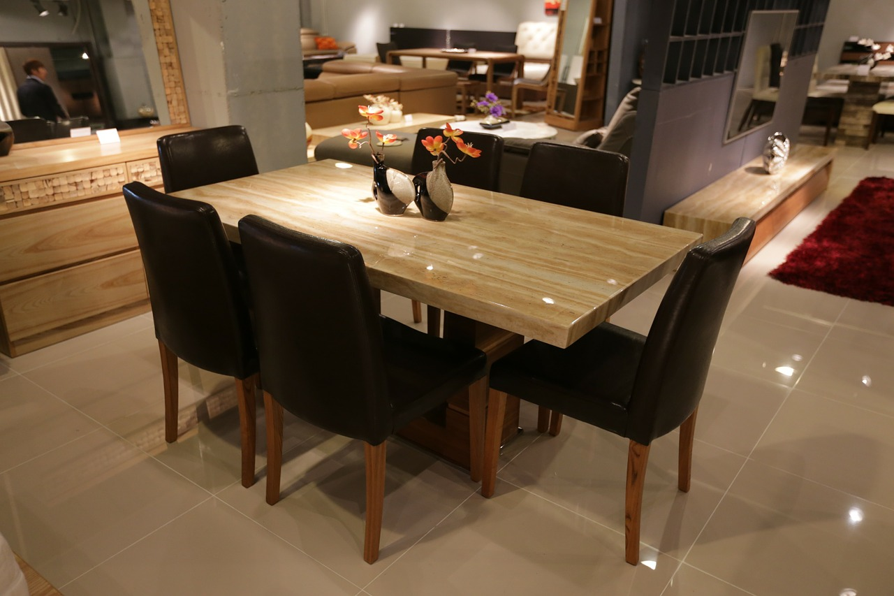Determining the finishing edge of your dining furniture table