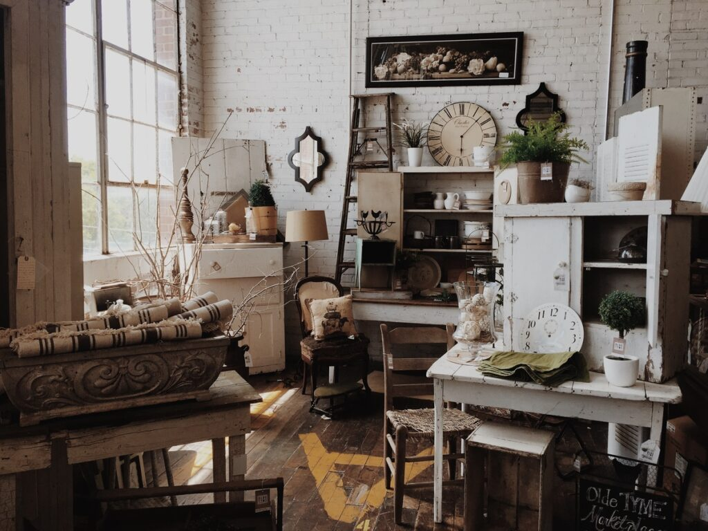 Interior style with vintage elements